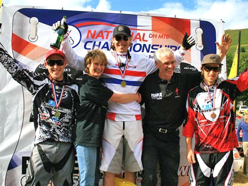 Men's Elite podium with race organisers Lindsey and Dave Pearce