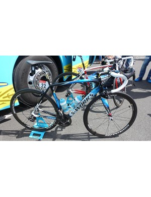Vincenzo Nibali's Specialized S-Works Tarmac for the 2016 Tour de France