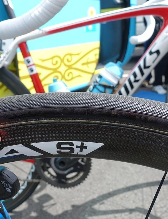 Nibali's Corima S+ tubulars weigh a claimed 1,230g for the set