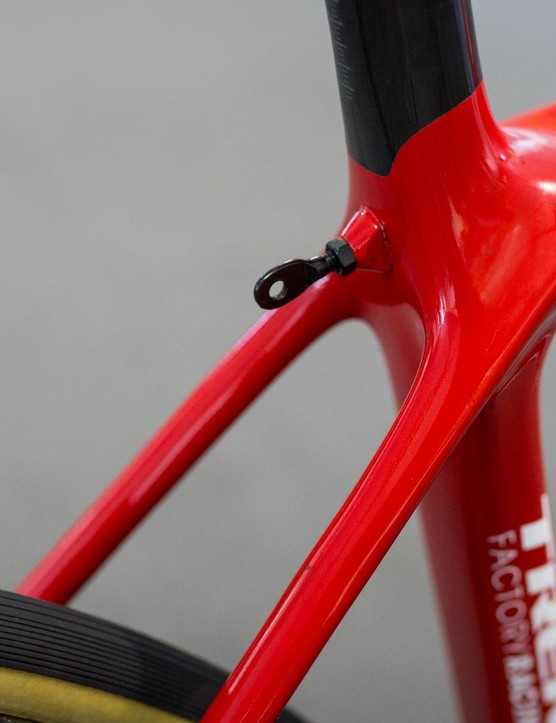 With no brake bridge, Trek had to come up with a solution for number holders