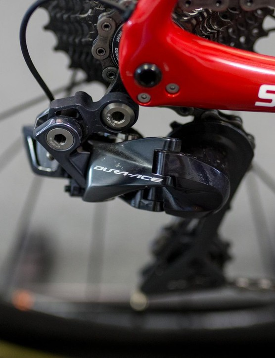 He's running a Dura-Ace R9150 Di2 derailleur at the back
