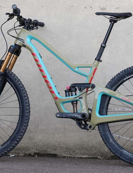 The bike's lower linkage sits beneath the bottom bracket