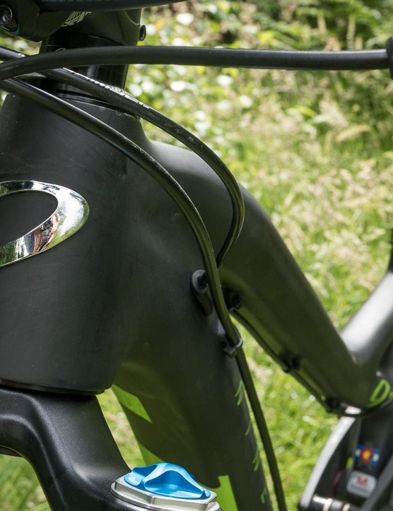 A short head tube helps prevent the front end getting too high and ponderous in the bends