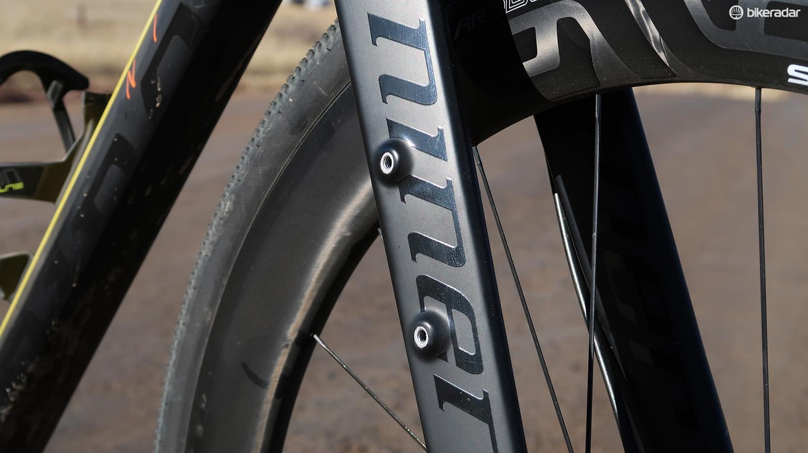 The RLT 9 RDO has a full carbon fork with eyelets for additional water bottles or cargo cages, neither of which were needed for this short race