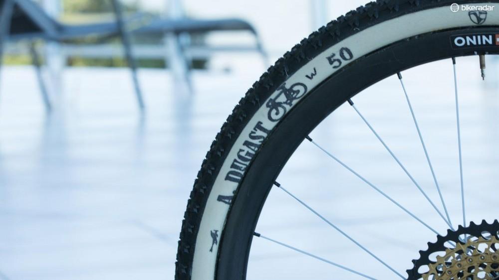 nino-shurter-scott-spark-700-rc-pro-bike-2016-4-1461545244790-jo6dwnhj3yce-1000-90-a610870
