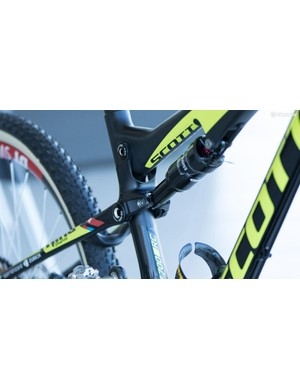 The Scott Spark frame offers two geometry positions. Schurter raced Cairns on the 'High' position, something we suspect he normally sticks with