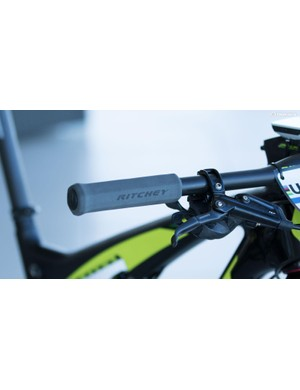 Seems Ritchey has some new superlight foam grips on the way. We've seen another version similar to these that's claimed to weigh just 9g – these could be lighter again