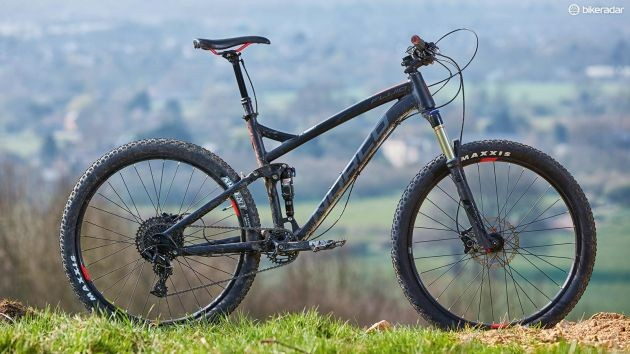 Norco's Fluid 7.1 FS comes in way under budget yet still is ready for loads of singletrack action