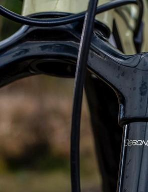 RockShox' DebonAir spring gives great small bump sensitivity