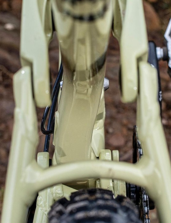 An asymmetric back end gives clearance and stiffness