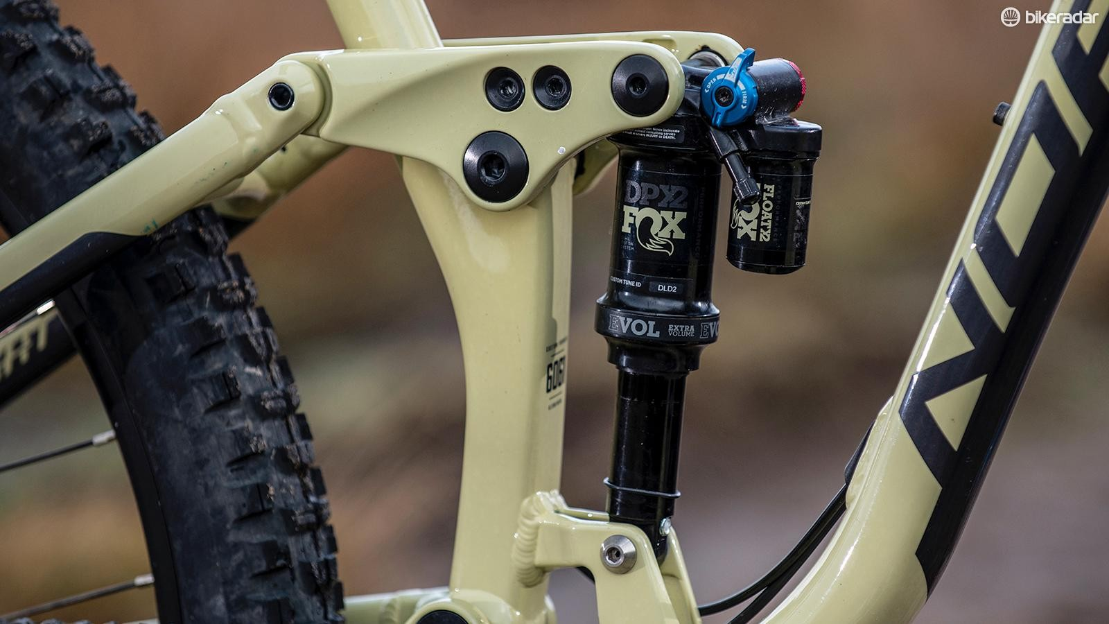 Fox's piggy-back DPX2 shock remains consistent on long runs