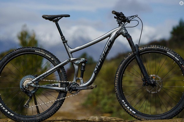 Norco's Sight A2 29 is a burly 29er trail bike
