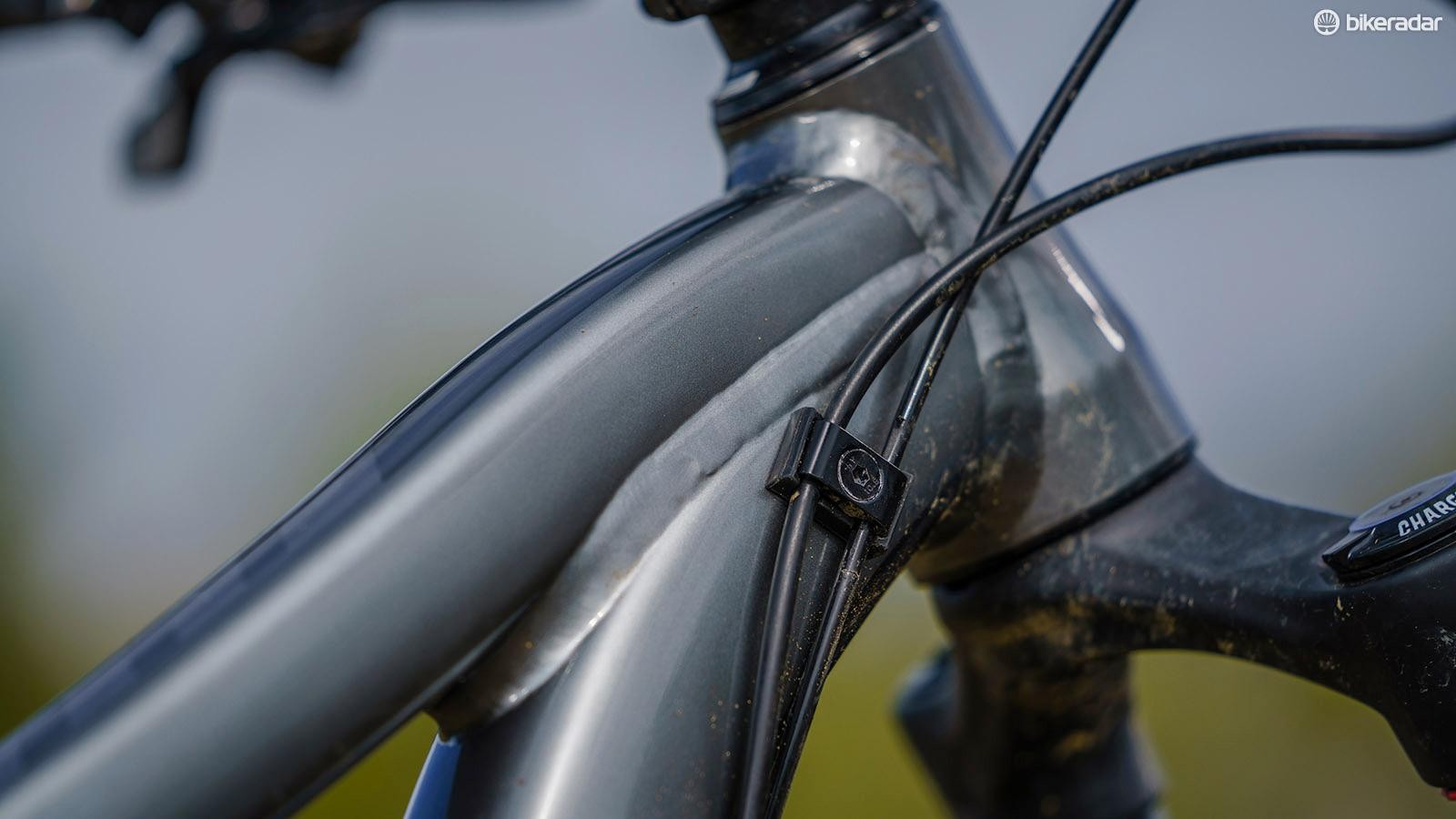 External cable routing makes life so much easier