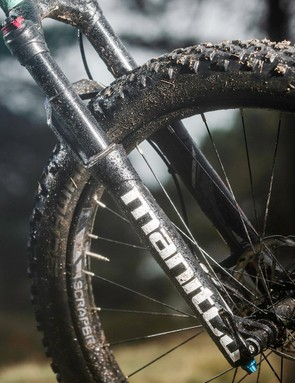 Production bikes will get RockShox's new Yari fork rather than the Manitou Magnum of our early-release test sample