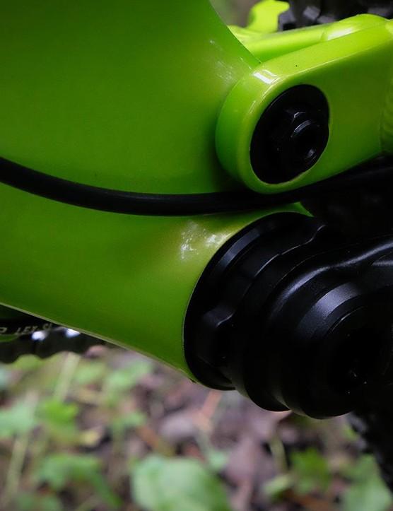 The Optic uses a PF92 bottom bracket