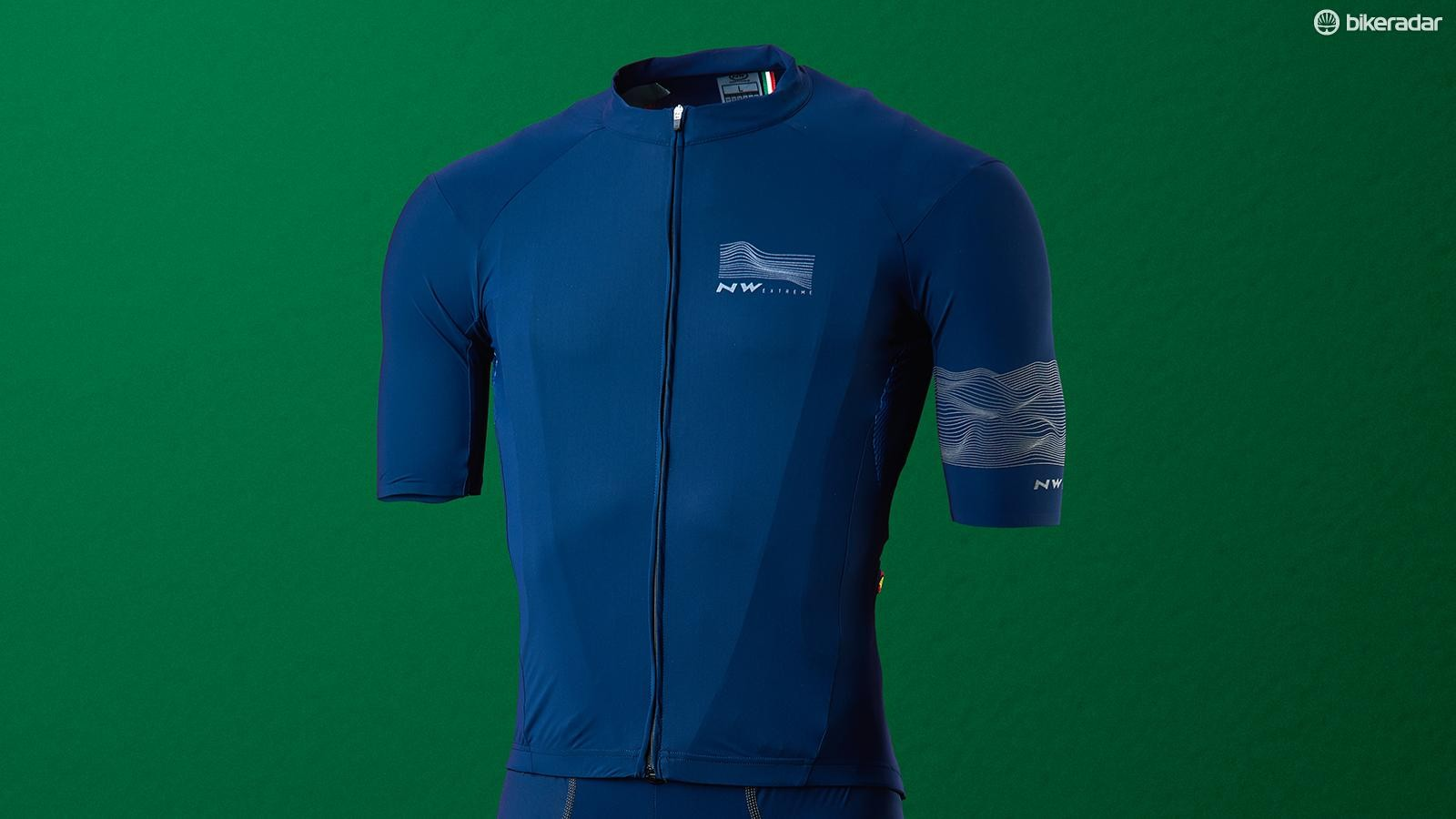 4f4a2ef0610c8 Northwave Extreme 3 jersey   bibs review - Jersey and Bib Shorts ...