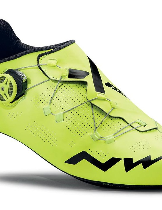 The Extreme RR comes in black with fluro detailing or this super bright fluoro yellow edition