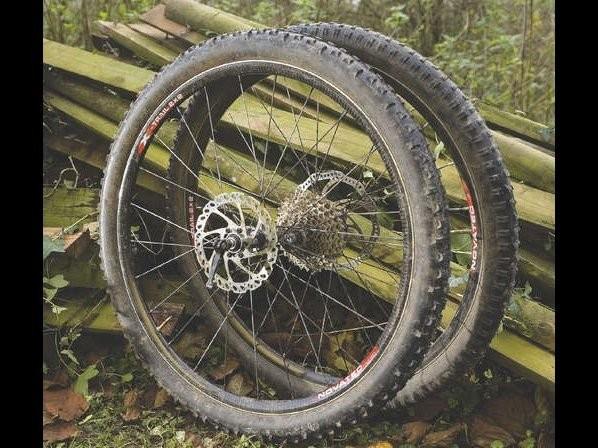 Novatec X-Trail 2x2 Carbon Wheels