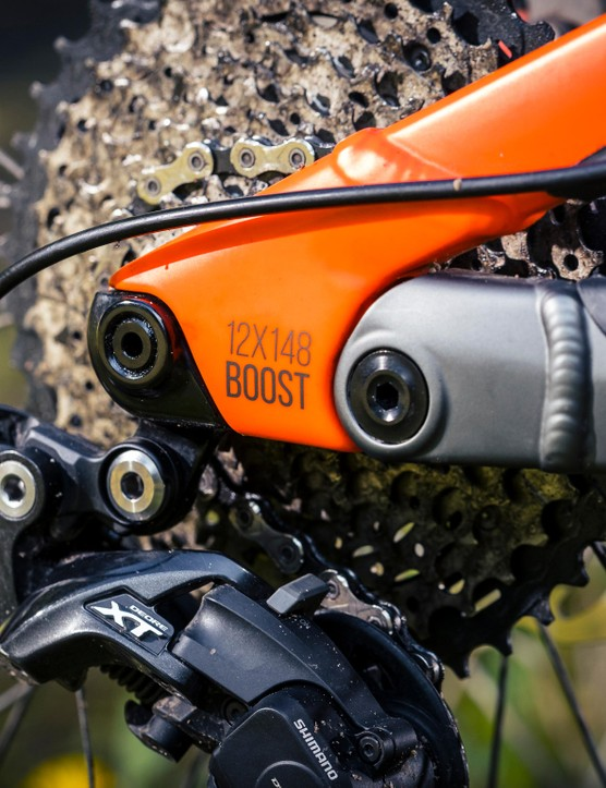 Nukeproof have opted to widen the back end of the bike to 148mm, as well as using the wider Boost spacing on the fork up front