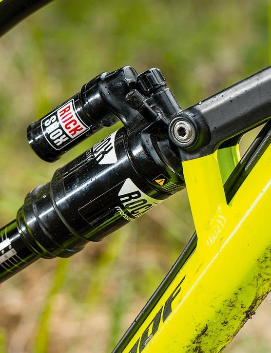 The large volume RockShox Monarch Plus RC3 shock helps to further slacken the steering