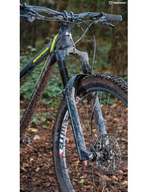 RockShox's mid-range Yari fork does a solid job up front in 140mm trim
