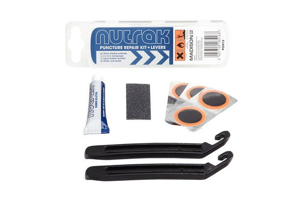 It's hard to find fault with Nutrak's super-simple repair kit
