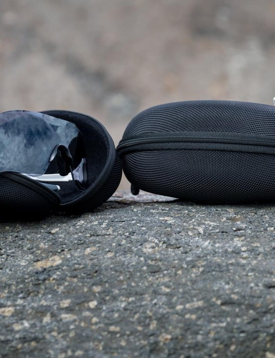 The EV Zero comes with a hard case, microfiber cleaning bag and spare nose piece