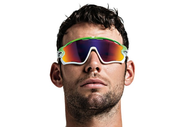 Mark Cavendish and a few other athletes are promoting the new Oakley Green Fade Collection