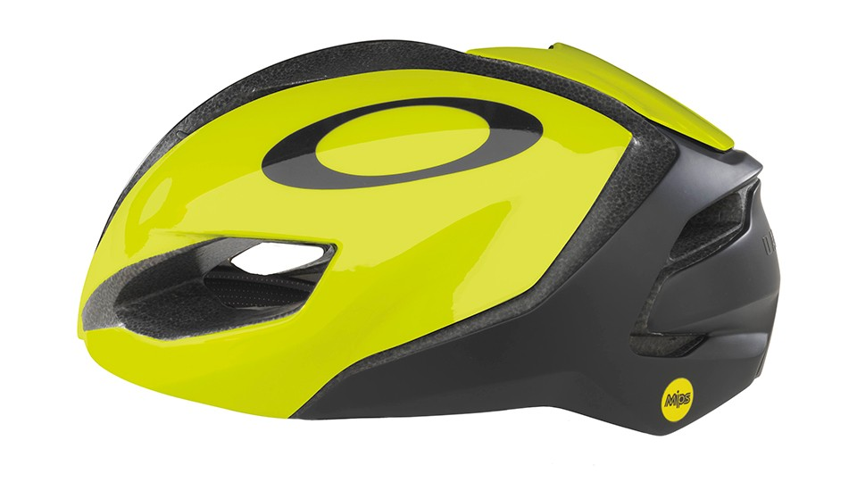 The ARO5 is Oakley's new, everyday, aero-ish helmet