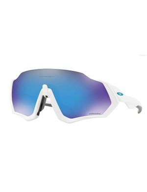The Oakley Flight Jacket has a new mechanism called Advancer designed to deal with lens fogging