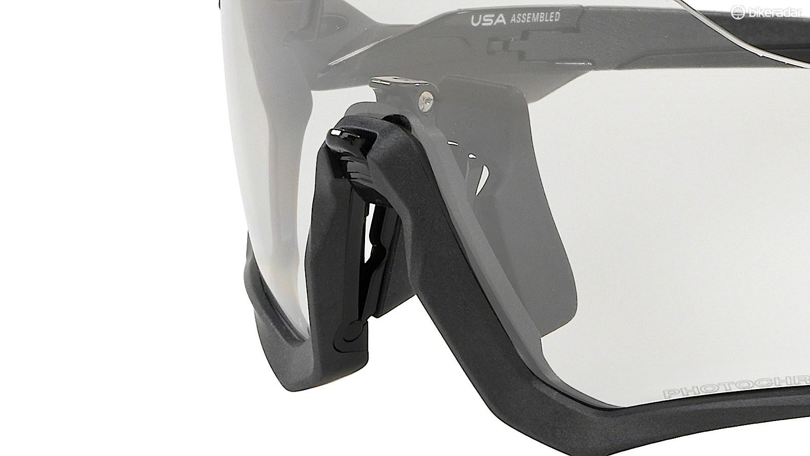Pivoting the nosepiece away from the frame allows for more airflow to deal with fogging, Oakley says