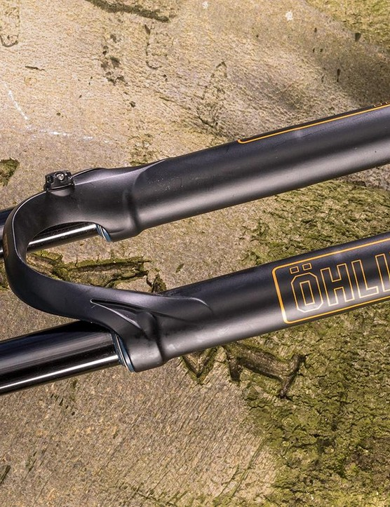 The fork's overall height is low for its travel so it can sneak into 140mm fork bikes