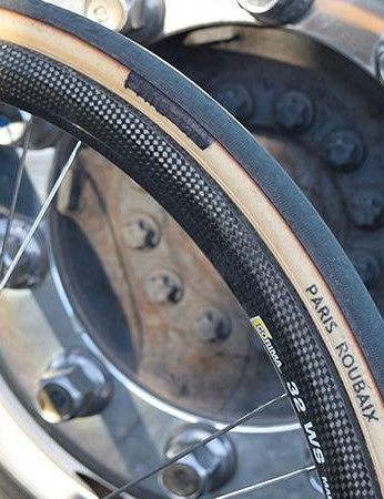 Classic, custom made, tan wall tyres for the Dane