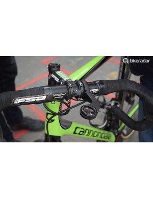 Vanmarcke and Valgren ran the same FSA Energy alloy handlebars