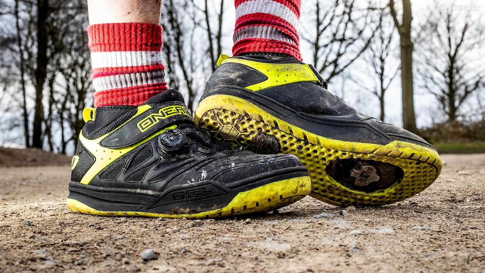 O'Neal's Session clipless shoes