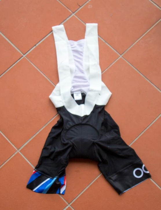 The bibs are made using nylon offcuts and feature a bacteria killing nanoparticle derived from frogs