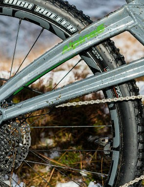 The high pivot placement results in noticeable pedal-kickback and reduced suspension sensitivity, particularly when pedaling or braking