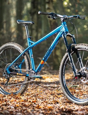 RockShox's Yari uses the same thick-walled 35mm-stanchion chassis as the flagship Lyrik but with simpler damping