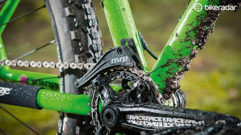 An MRP guide and Race Face Narrow Wide ring keep the chain secure