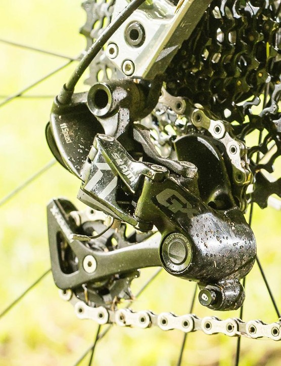 SRAM provide a GX 11spd drivetrain