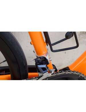 Curiously, the bike uses a band-on adaptor to attach the front mech