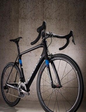 Those relatively conventional lines cloak a frameset of real finesse