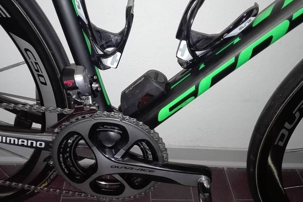 WorldTour team Orica-Scott will be the first pro team to use the Revo Via chain lubing system