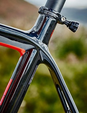 The frame mixes various grades of carbon to achieve a balance of stiffness and comfort