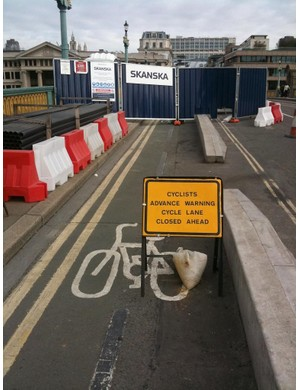 On London's Southwark Bridge, cyclists shall not pass