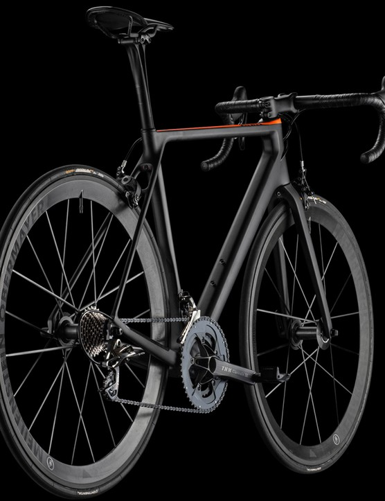 The Ultimate CF EVO 10.0 SL is the lightest of the two new bikes