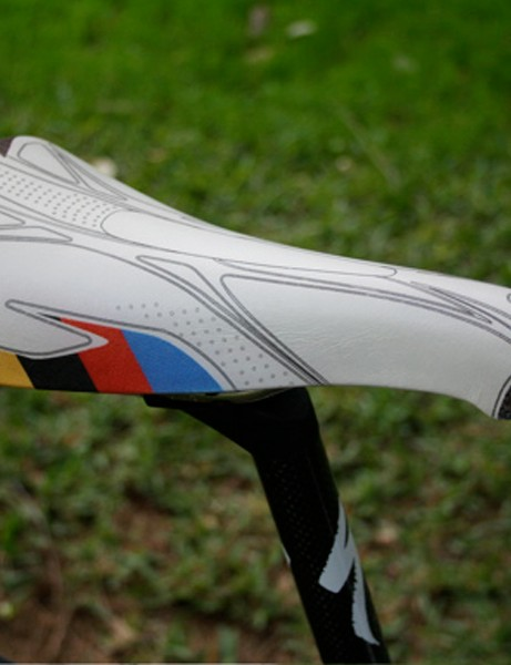 Tried and tested. Bettini prefers to stick with his trusty Concor Light saddle from Selle San Marco