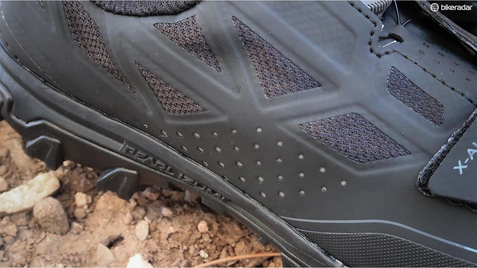 The seamless upper has plenty of mesh vents and perforations