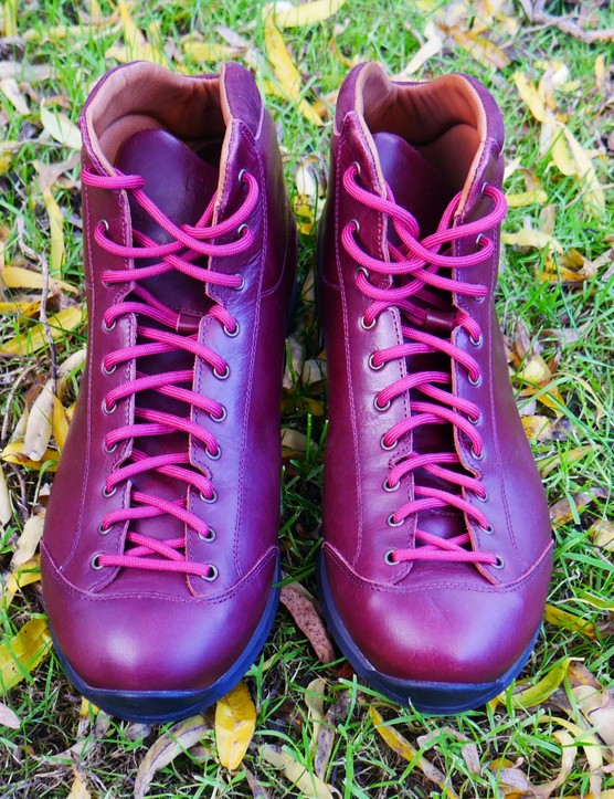 The Mido Riding Boots from PEdAL ED have striking looks