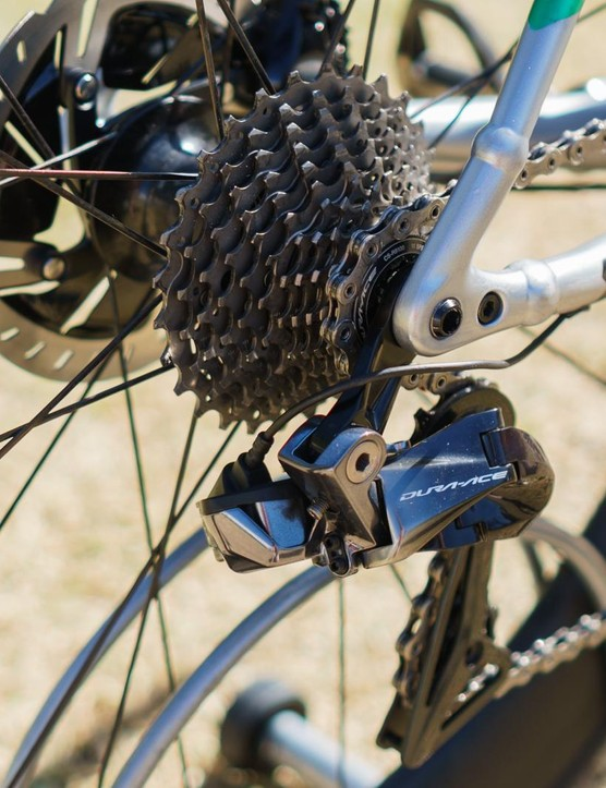 The disc-equipped bike is tied together with thru-axles at both ends